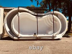 Fiberglass Inground Swimming pool shell Curve 10 (8.65 x 16.4 x 4.4 deep)