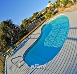Fiberglass in ground pool Medium 13-9 x 29 With AUTOMATED Salt Water system